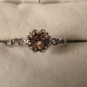 Silver ring w/light pink stone